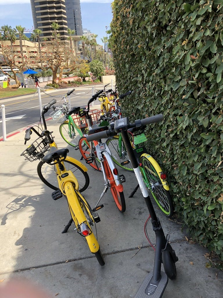 dockless bikes & scooters