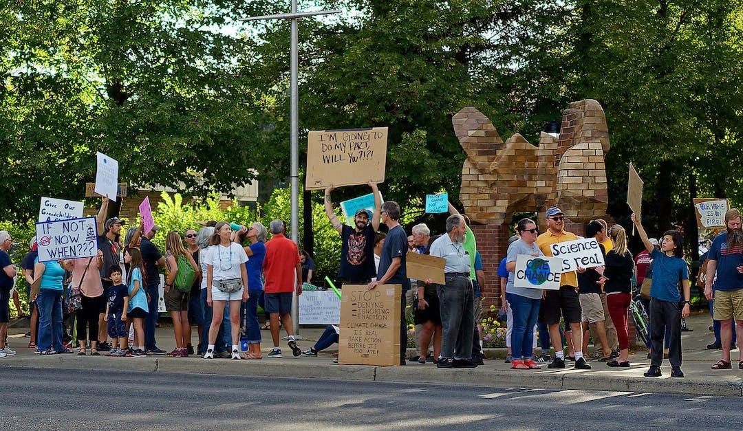 el Concejo Municipal de Longmont declaro un estado de emergencia climática