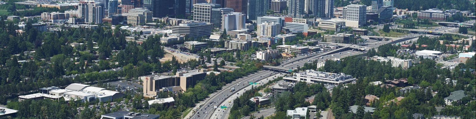 An aerial picture of I-405 from south of downtown looking north.
