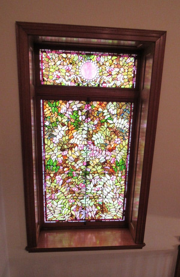 Tiffany-like window