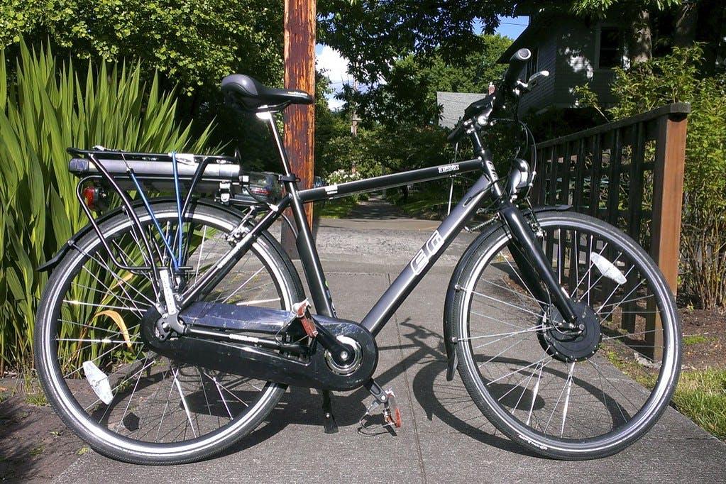 """EG Zurich 350ix Hybrid e-Bike"" by citymaus"